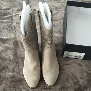 Brand New Sole Society Suede Cowboy Boots Size 6